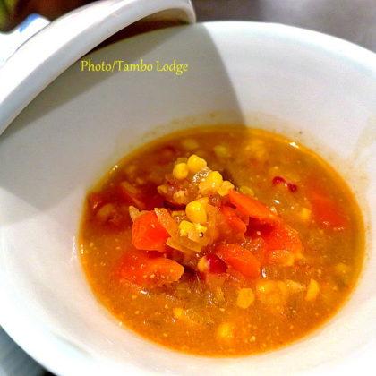 ペルー風もちトウモロコシ入りスープ