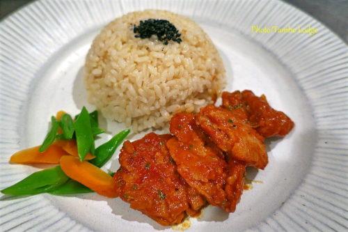 ペルー風豚肉もどきのトマト煮込み