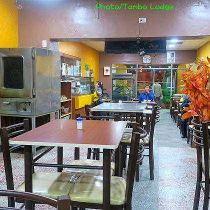 Huancayoのベジ・レストラン El Pueblo