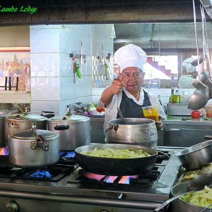 Huancayo最後の朝食は老舗レストランで