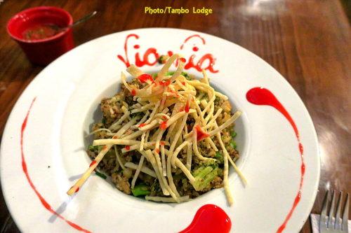 夕食は再びVia-via