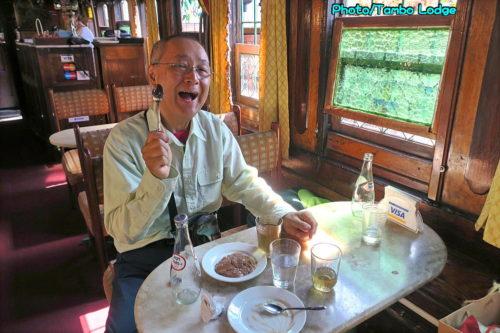 列車のベジ・レストラン「Cafe Expreso Virgen de Guadalupe」