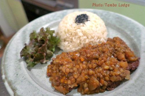 アンデス風レンズ豆のトマト煮