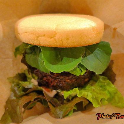 米粉ハンバーガーを始めた野菜Cafe&Bar URAWA BIO