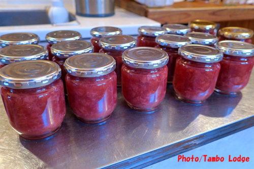 イチゴのジャム作り