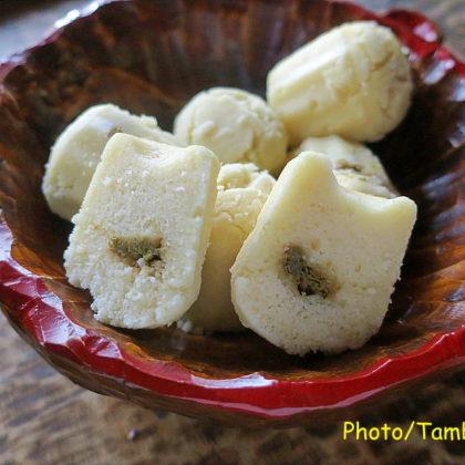 蕗の薹の佃煮入り米粉パン