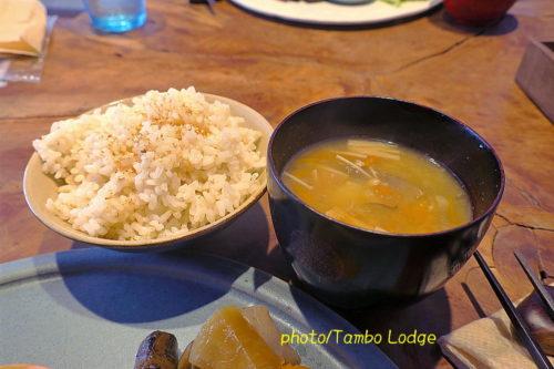 自然食レストラン「Matsu 松」