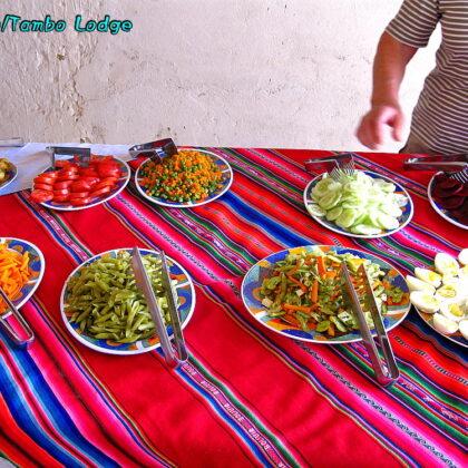 タラブコ(Tarabuco)でベジ料理をいただく