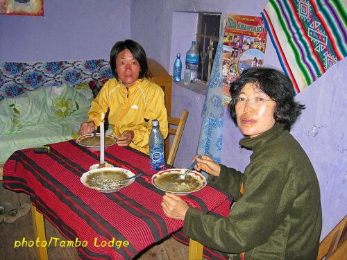 「Isla Amantani(イスラ・アマンターニ)」での夕食と朝食