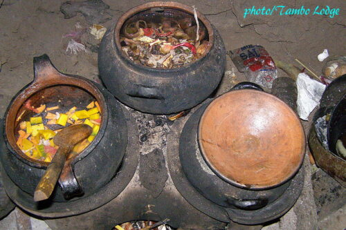 民宿のキッチン&夕食