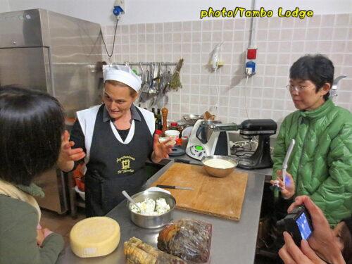 農家民宿のレストランの料理講習会