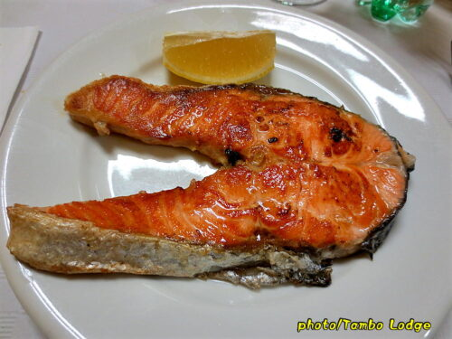 Beloradoの町のレストランで遅めのランチをいただく