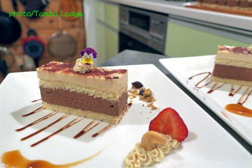 米粉のチョコクリーム&レアチーズもどきの2段ケーキ