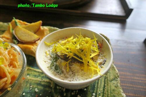 穀物菜食レストラン「穀菜茶房 こと葉」でランチ