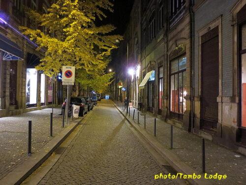 ポルトの町の夜の美しい風景