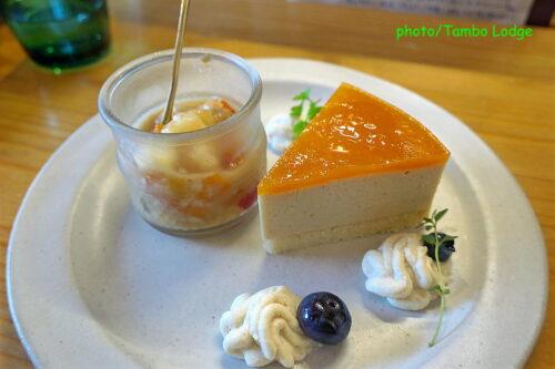 自然食レストラン「Matsu 松」でランチ
