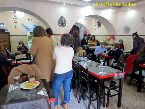 Lisboaのべジ・レストラン「Jardim das Cerejas」(1)