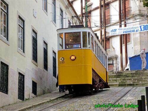 Lisboaのケーブルカーに乗る(2)グロリア線
