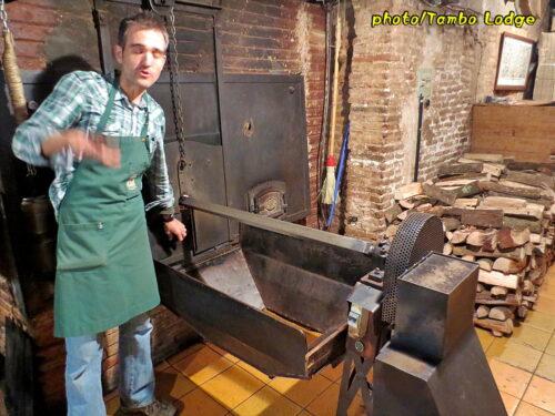 自家焙煎ナッツのお店「Casa Gisperto」